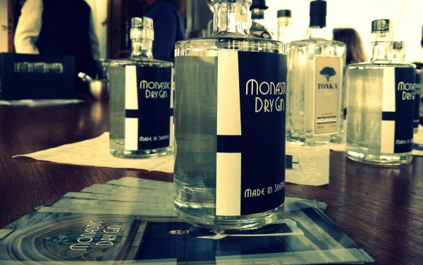 "Gin Tasting - Monastic Dry Gin ""made in silence"""